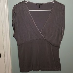 Daisy Fuentes short sleeve top